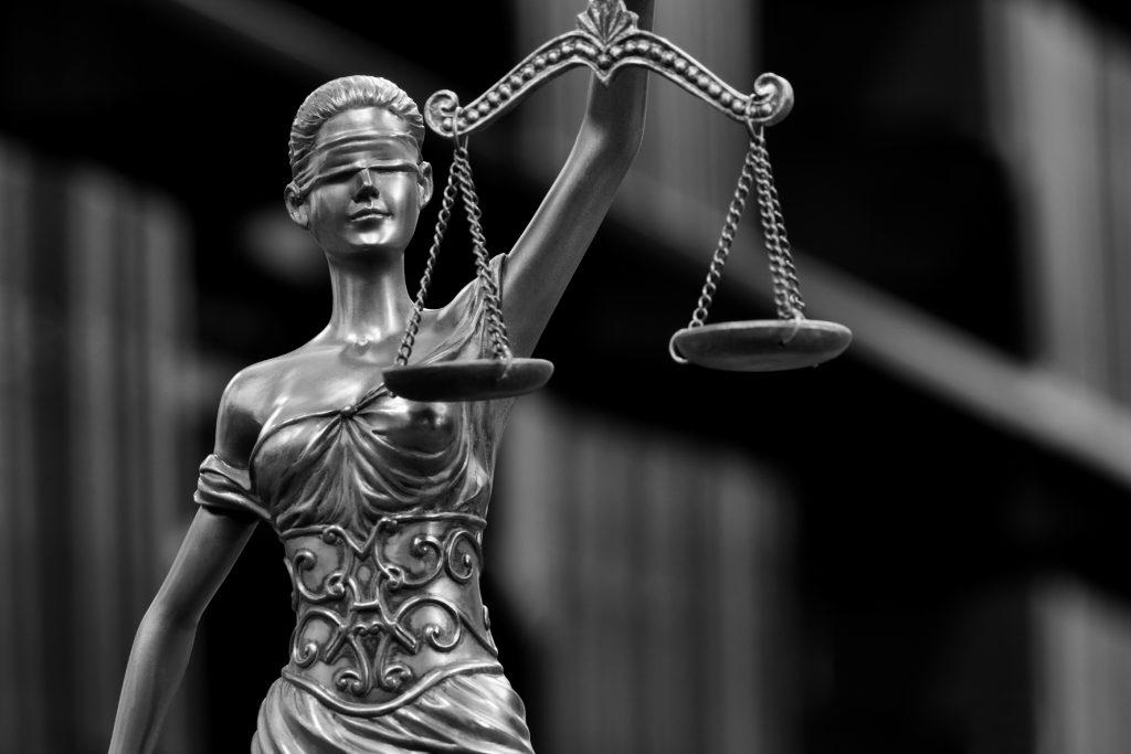 Justitia - Bild - Ihr Anwalt in Buxtehude
